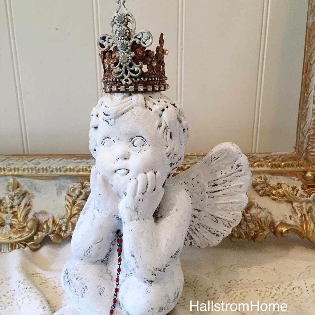 Darling cherub with a handmade Crown is now available in shop link @hallstromhome I'll be posting more cherubs next week as I have to go get my orders done now before the storm hits tonight. #frenchnordic #cherub