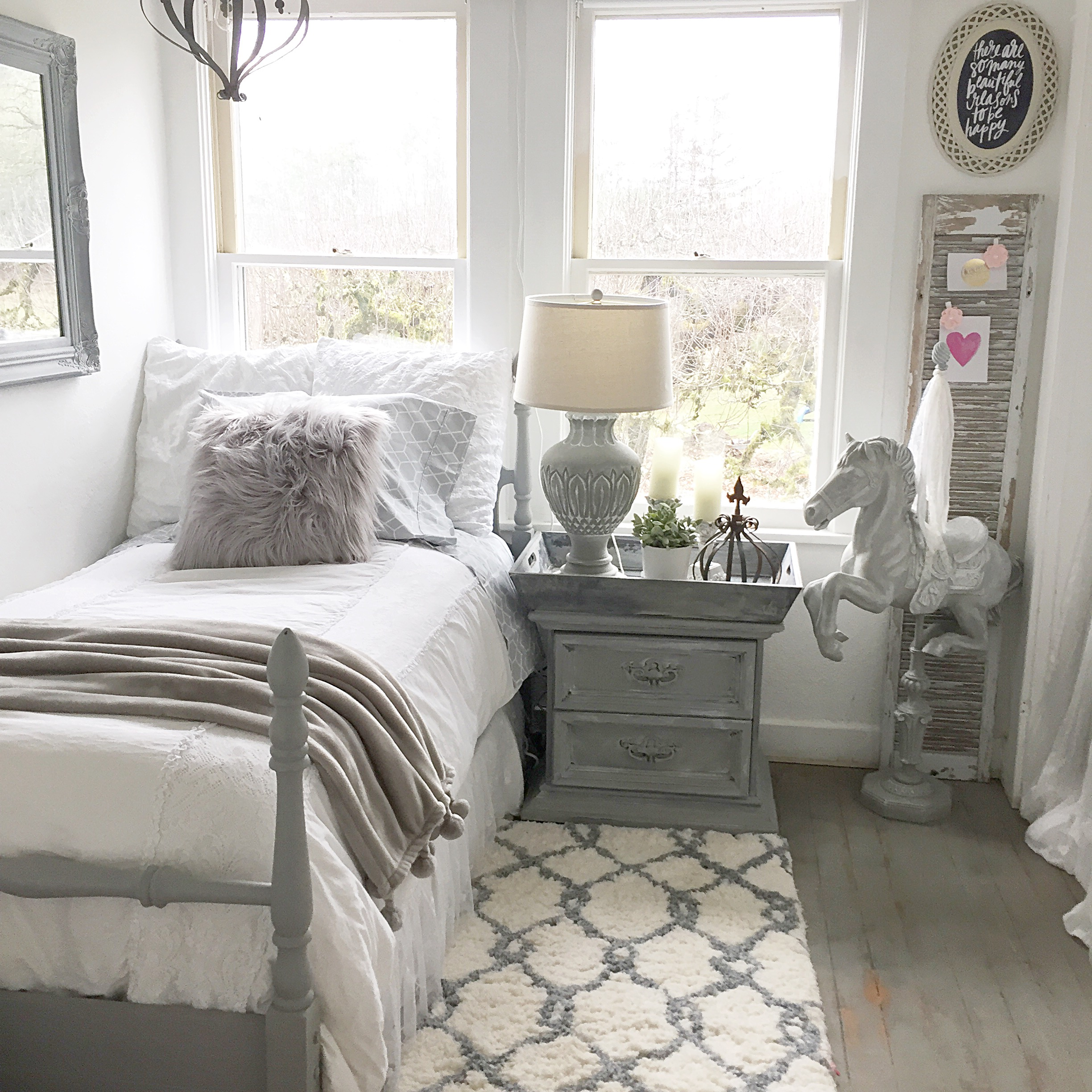 Teen Girl's Bedroom Style- Easy Chalk Paint Recipe