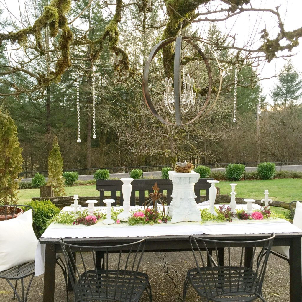 Vintage outdoor garden party decoration ideas hallstrom home - Outdoor decorating ideas ...