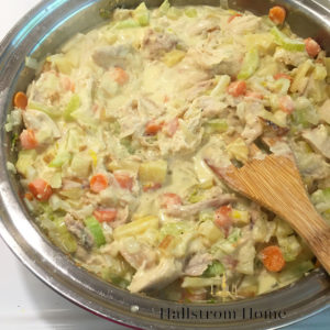 Easy Chicken Pot Pie for Busy Moms ~ Hallstrom Home