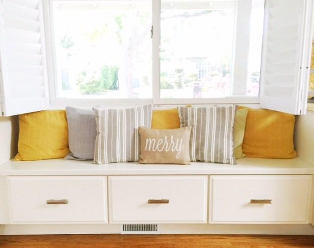 Gorgeous Summer Pillow Decor Tips