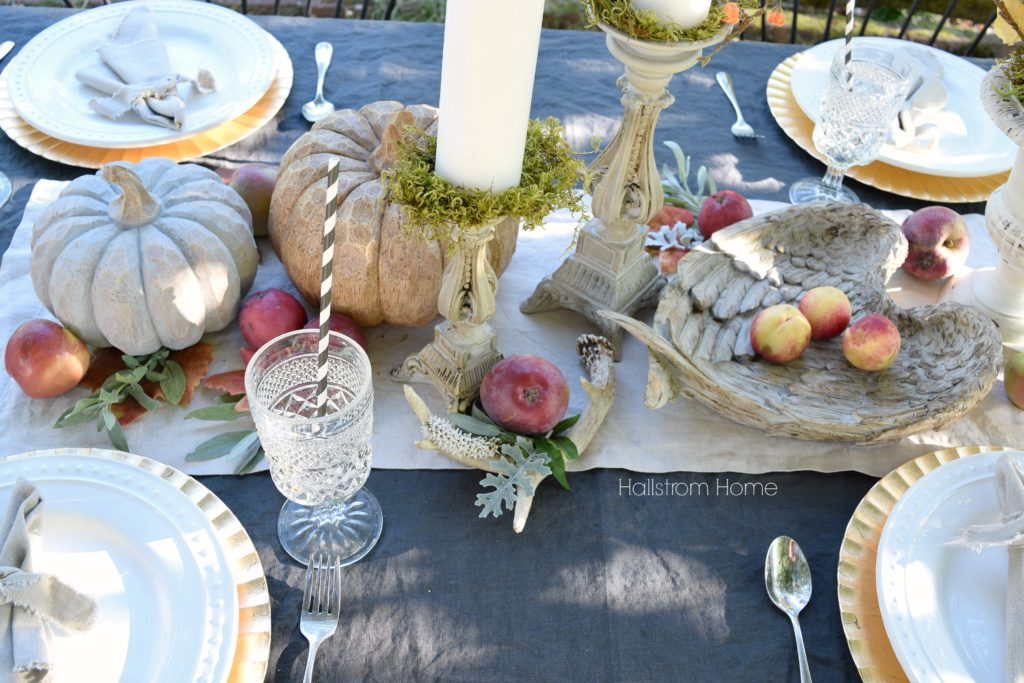 How to Create an Outdoor Fall Tablescape