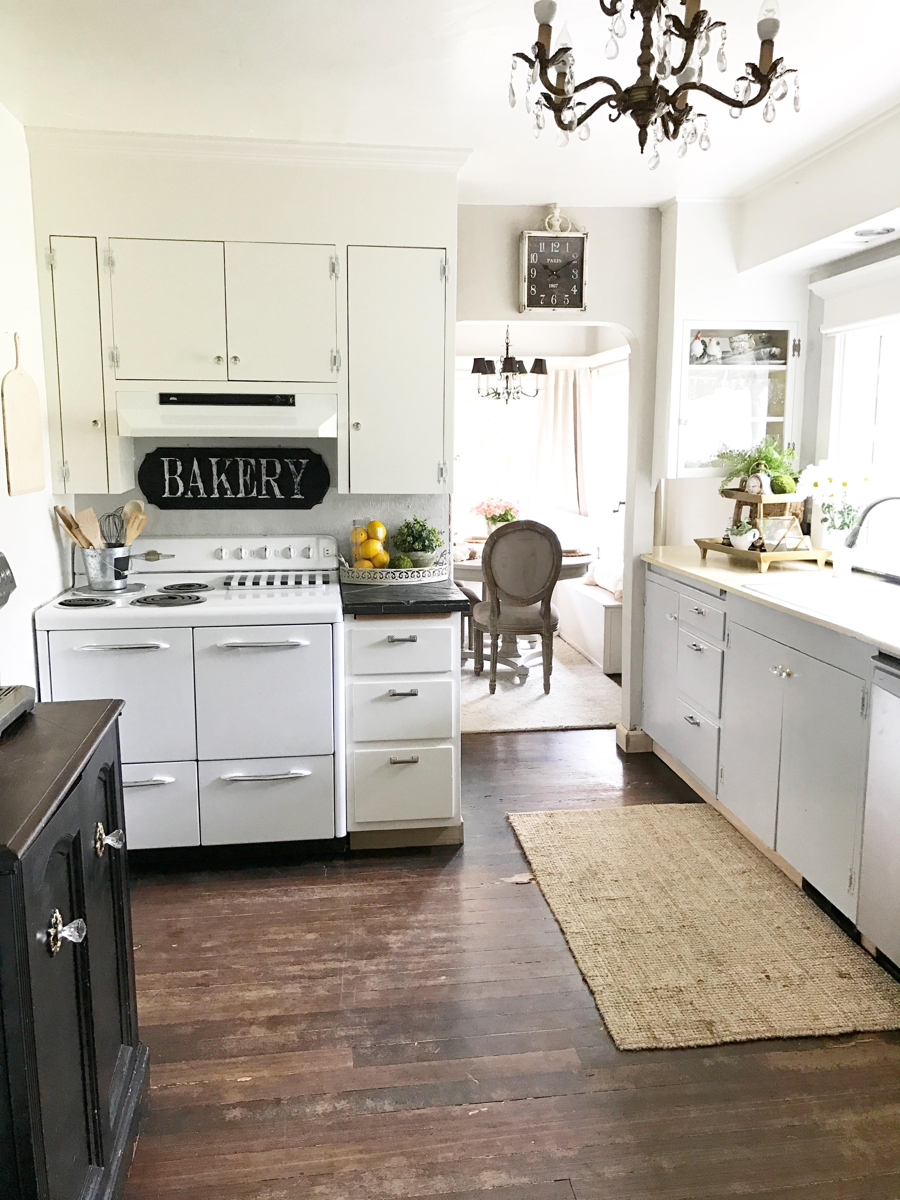 Updating Your Farmhouse Kitchen Under $1000