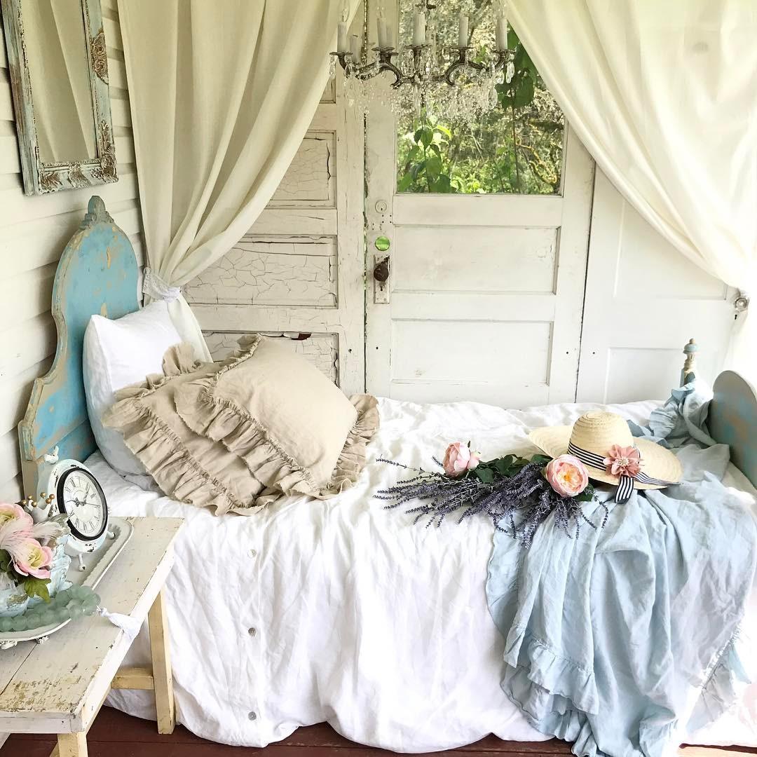 Cozy Farmhouse Sleeping Porch Design