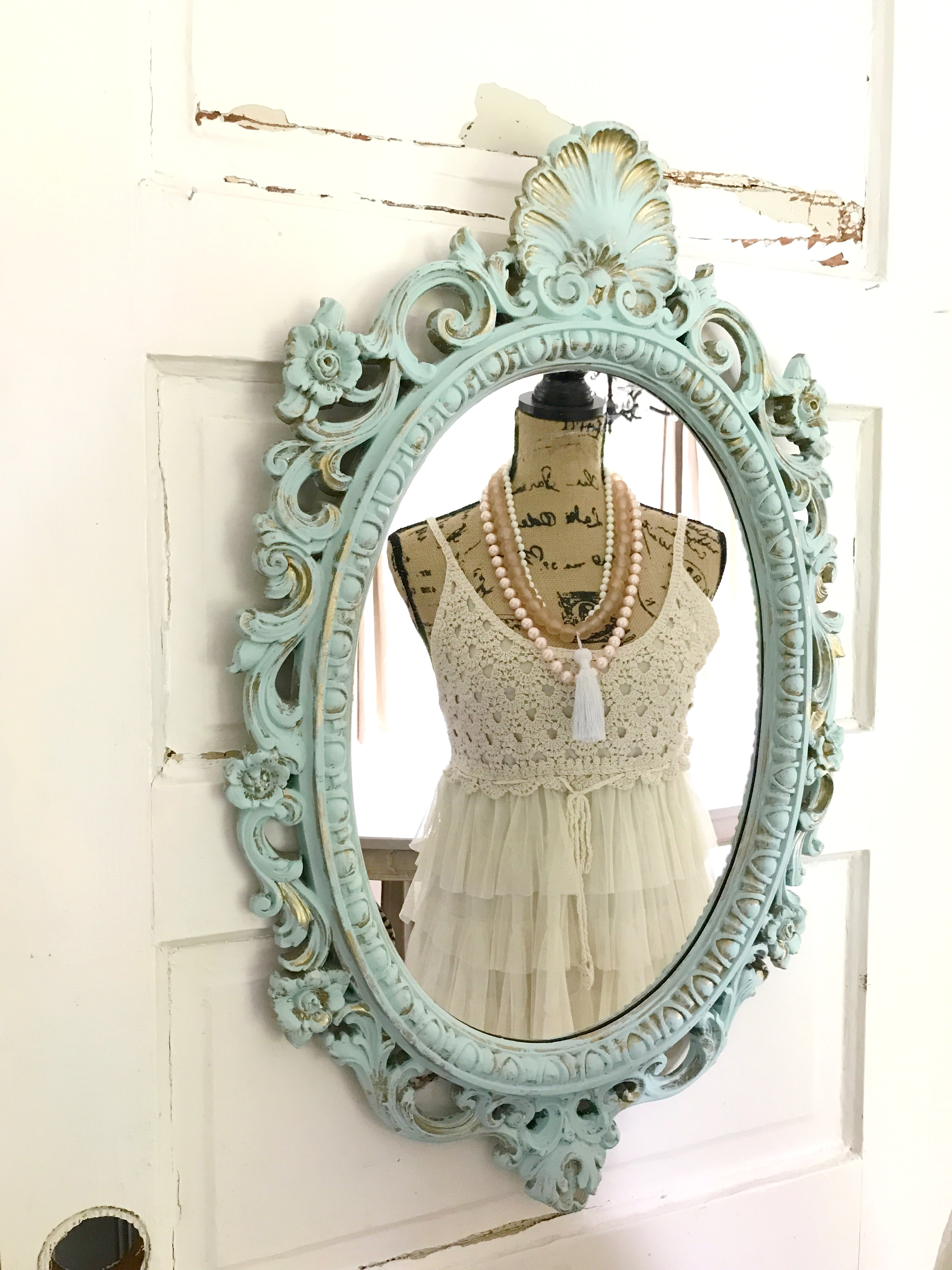 How to Update a Antique Mirror with Chalk Paint