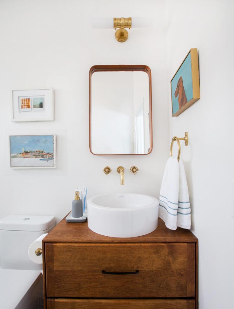 19 Bathroom Mirrors