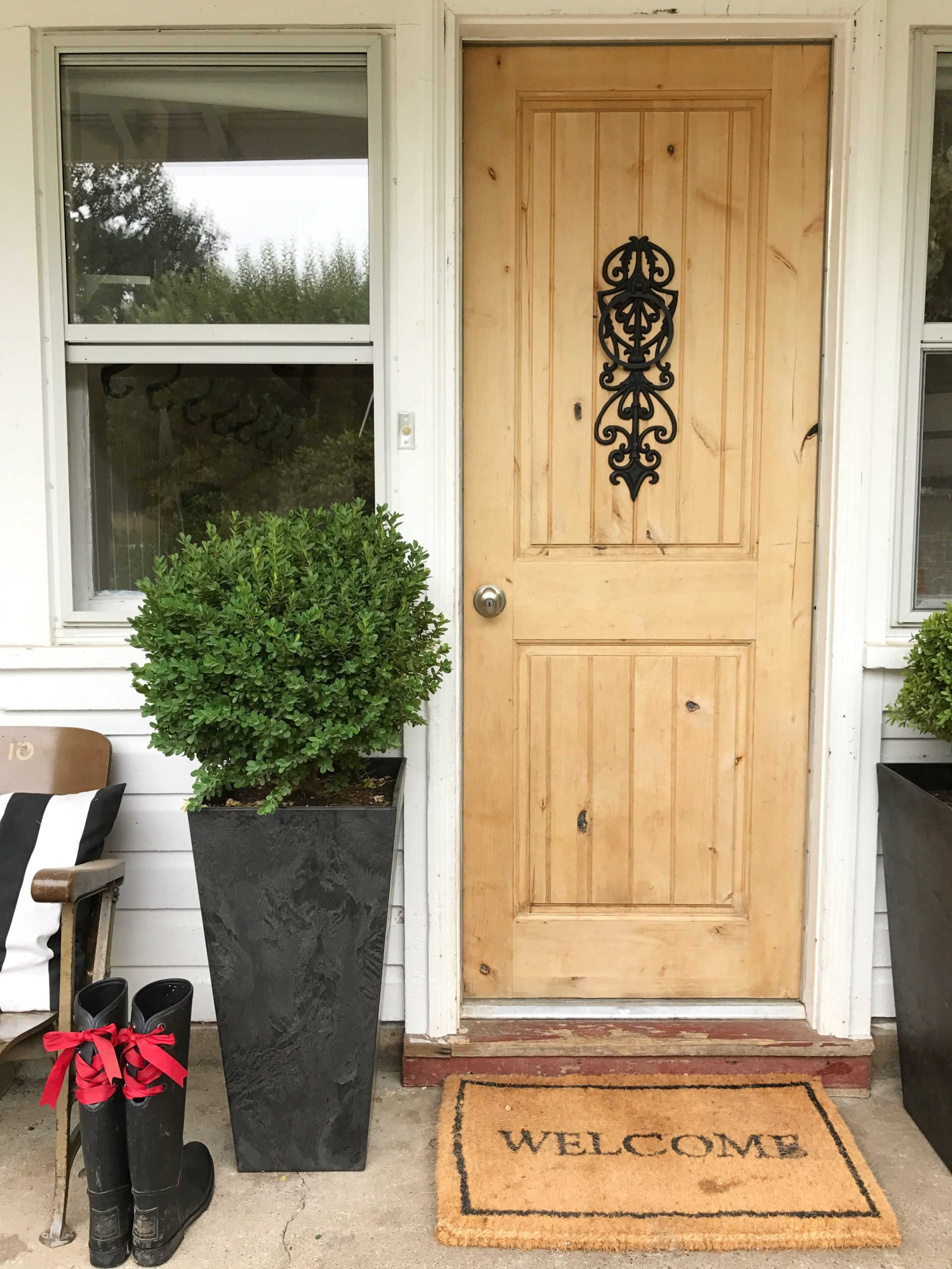 How to Finish a Wood Exterior Door