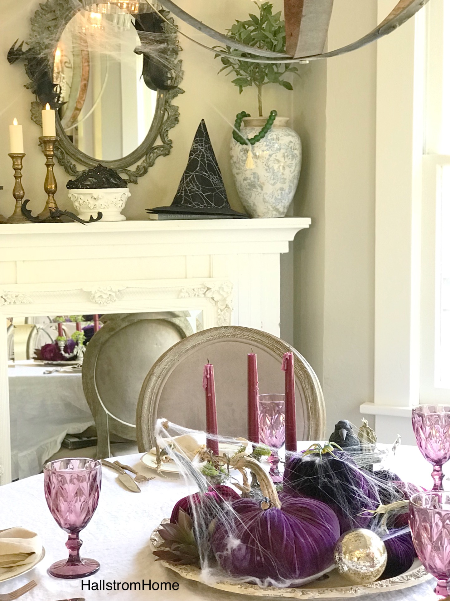 Classy Halloween Table with Just a Little Spooky