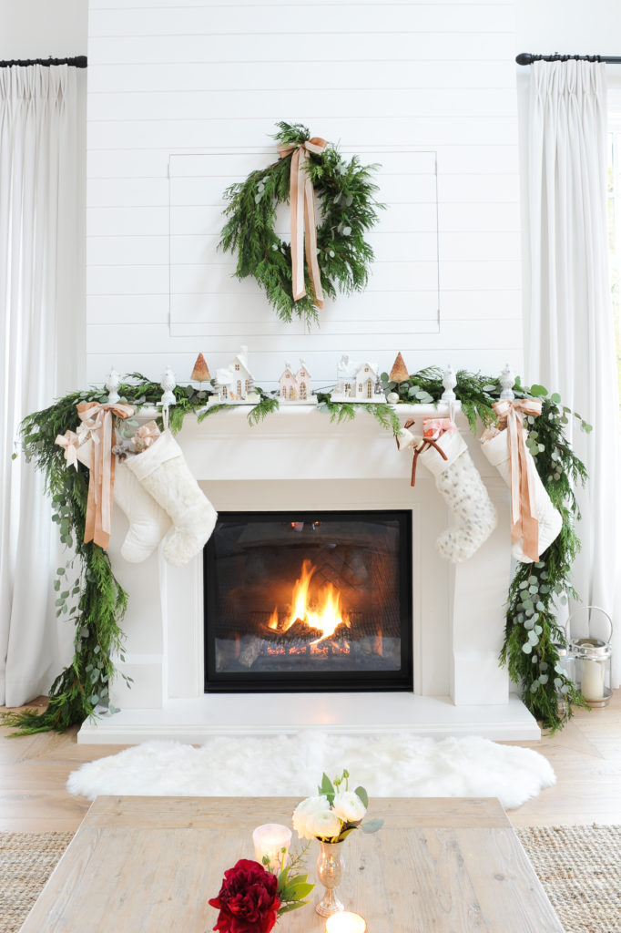 15 Favorite Farmhouse Christmas Mantels