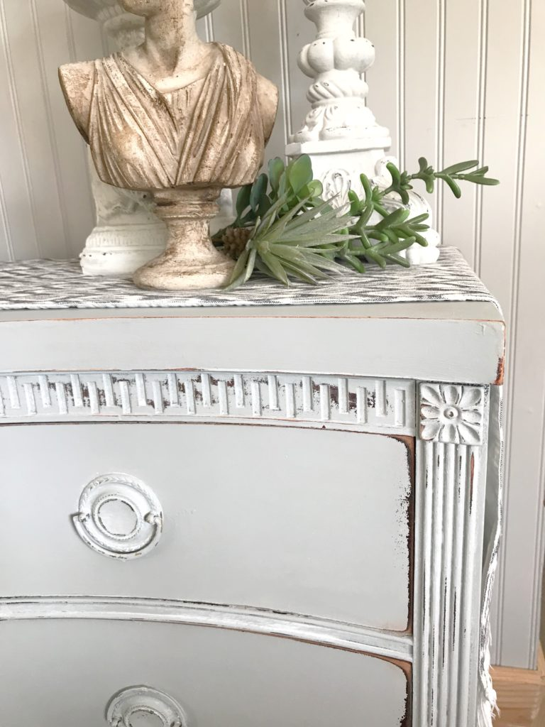 Chalk Painting Furniture The Easy Way
