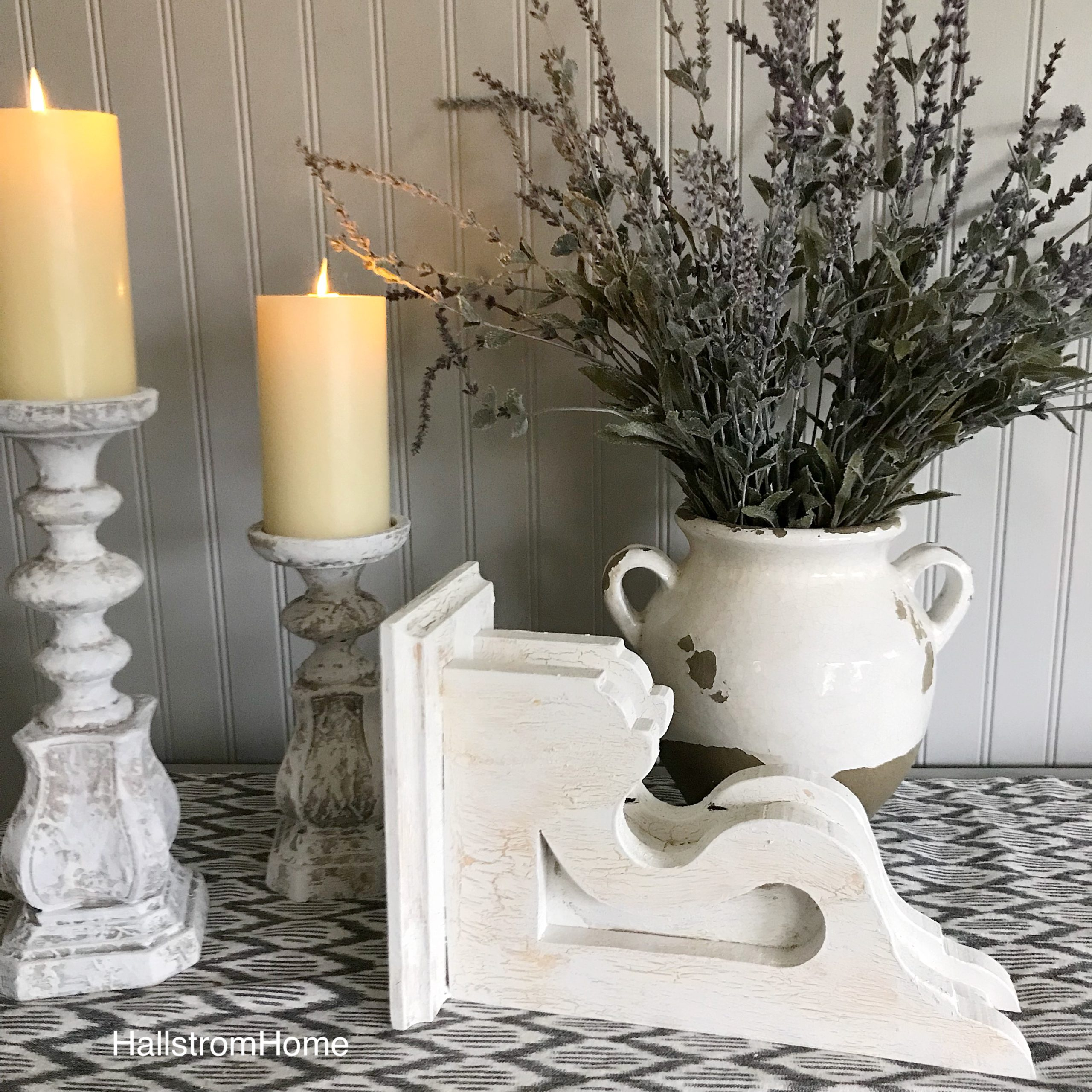 How to Chippy Paint Corbels