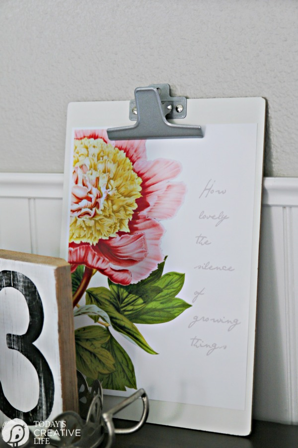 Get Crafty with 15 Free Decorative Printables with pink flower on clipboard