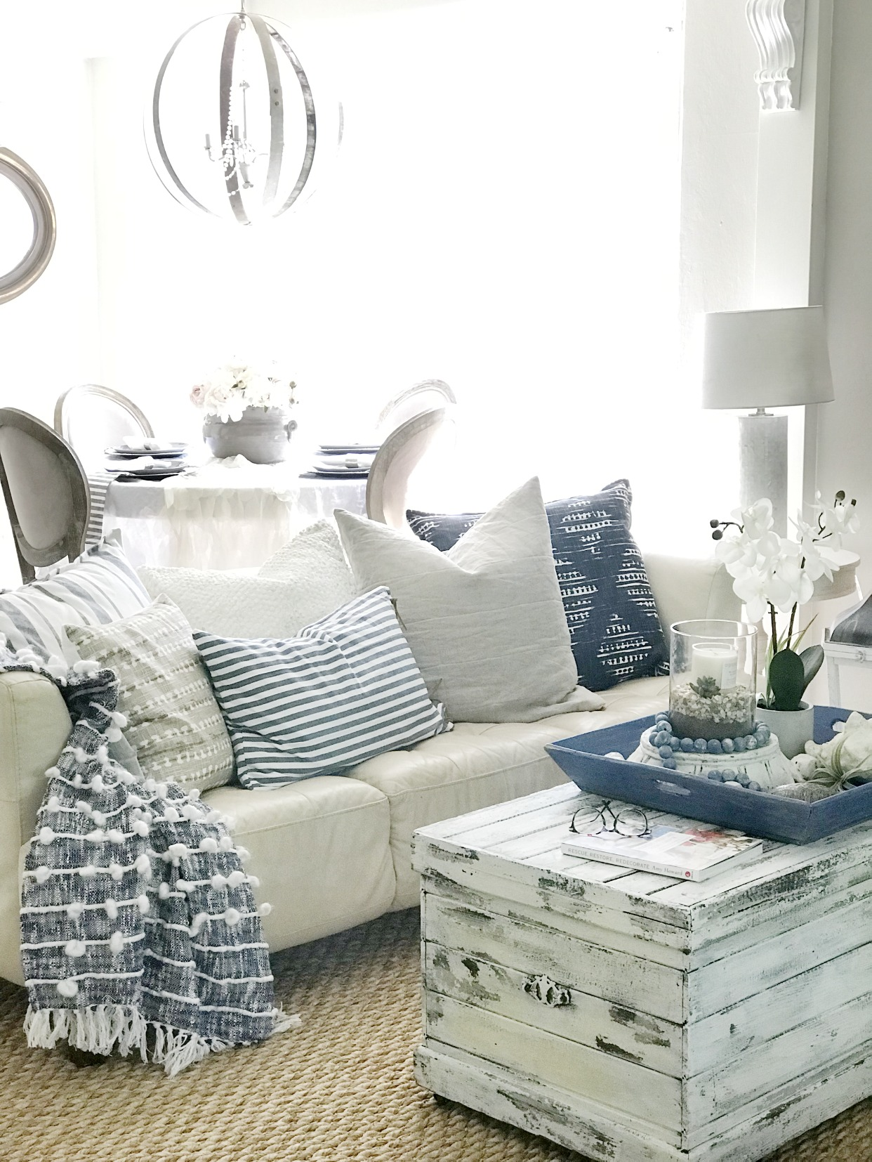 How To Make Relaxed Easy Farmhouse Style Home with Kids