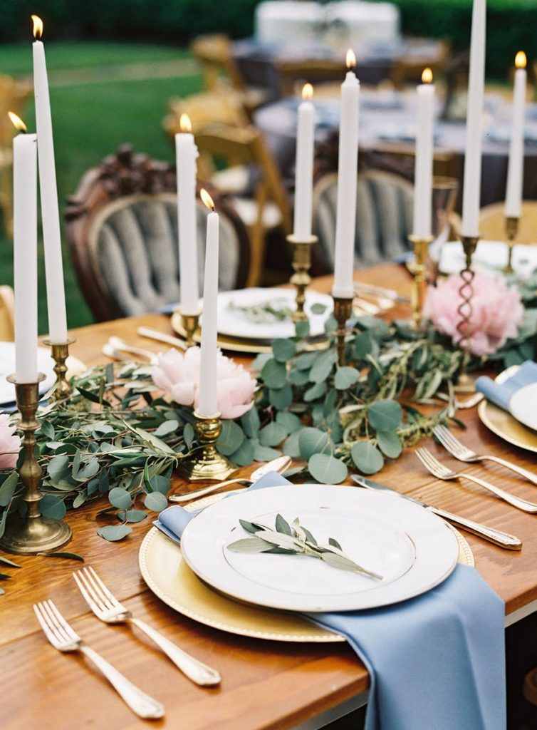 16 Beautiful Wedding Tablescapes Sure To Impress