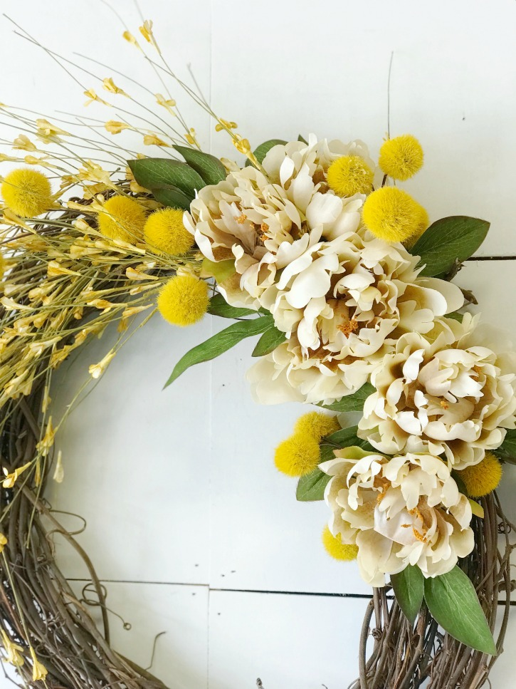 fall wreath with yellow and white floral