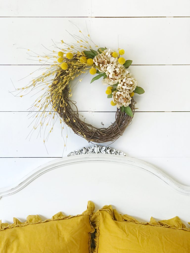 How to Make a Fall Wreath for Your Home