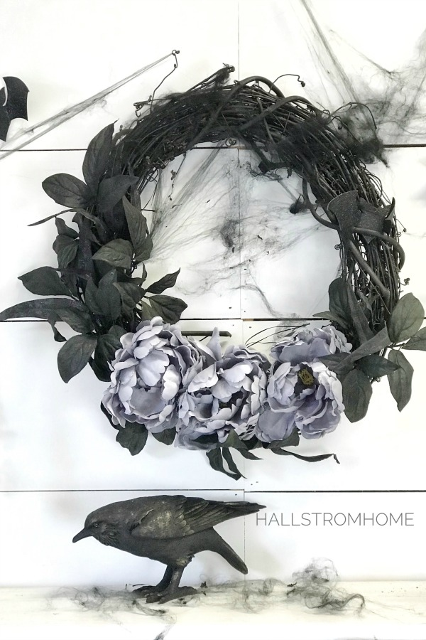 #1 Halloween Wreath that's Easy Elegant and Beautiful