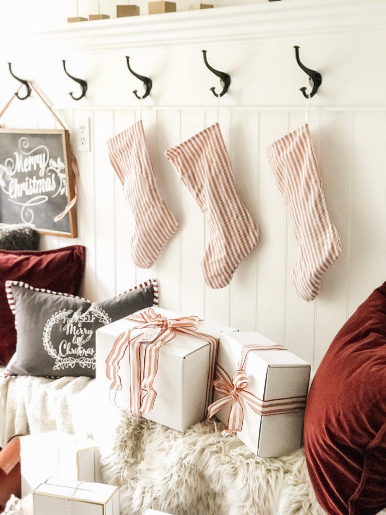 Farmhouse Christmas Wrap Idea/Free Printable – Hallstrom Home