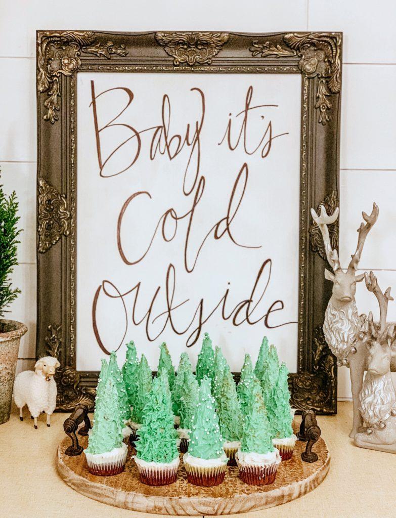 Christmas Tree Cupcakes with Sugar Cones|christmas cupcakes|christmas cupcake ideas|christmas recipes|holiday recipes|dessert|christmas dessert|kids recipes|recipes kids can make|ice cream cone tree|christmas tree cupcake|hallstromhome