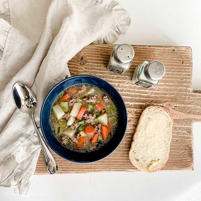Creamy Potato Hamburger Soup|instant pot soup|instant pot recipe|dairy free potato soup|ground hamburger soup|winter recipes|comfort recipes|easy recipes|easy dinner|one pot recipes|kids recipes|instant pot meals|creamy soup|diary free dinners|Diary free creamy soup|HallstromHome
