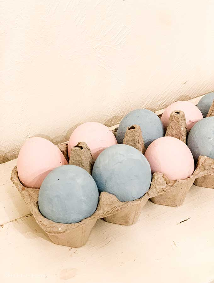 Egg Smash Gender Reveal Party with Game Printables|gender reveal game printables|gender reveal ideas|How to make gender reveal eggs|how to do egg gender reveal|gender reveal egg smash|egg breaking gender reveal|gender reveal party games|unique gender reveal|Hallstrom Home