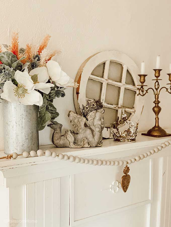 French Country Mantel Decor|country mantel decorating ideas|french country mantel|french country decor|mantel decor ideas|spring mantel decor|farmhouse mantel decor|everyday mantel decor|shabby chic|french farmhouse|hallstromhome