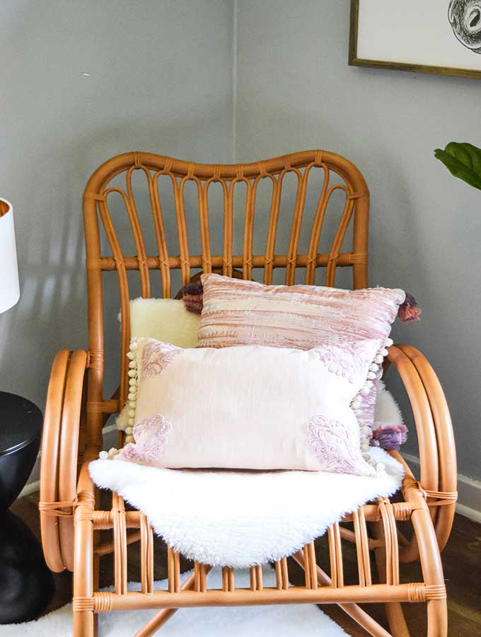 How to Create a Teen Girls Sitting Area – Hallstrom Home
