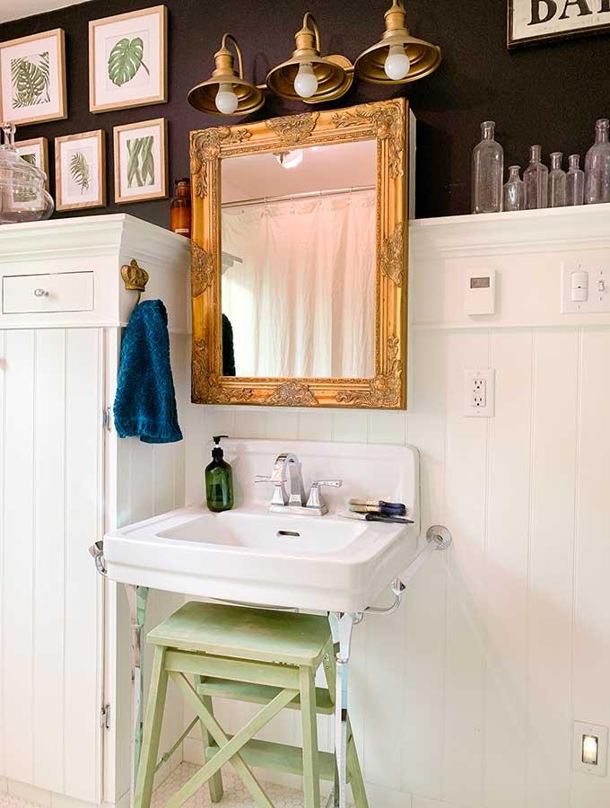 Beautifully Framed Bathroom Mirrors Hallstrom Home