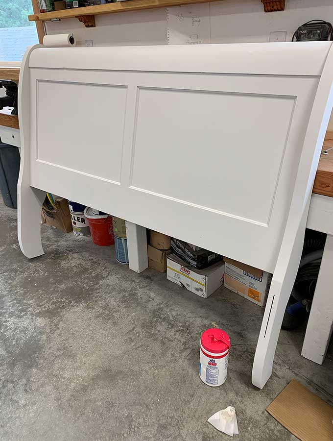 How to Get a Smooth Finish with Chalk Paint|chalk paint|diy chalk paint|how to chalk paint|chalk paint with roller brush|chalk paint with foam brush|smooth finish with chalk paint|how to get rid of brush strokes|chalk paint satin finish|diy furniture|painting furniture|Hallstrom Home