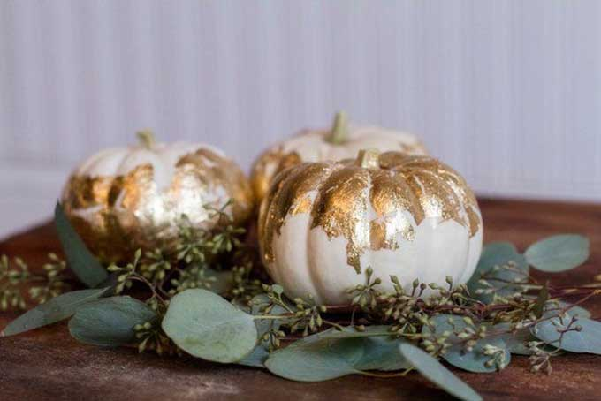 Pumpkin Crafts-How to Make Gold Leaf Pumpkins| gold gild pumpkin|gold leaf pumpkin|pumpkin diy|pumpkin crafts|fall crafts|fall diy crafts|easy pumpkin painting|gold home decor|gold fall decor|house beautiful|gold home decor|farmhouse style|shabby chic home|farmhouse home style|fall farmhouse style|Hallstrom Home