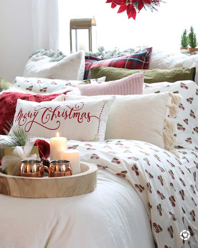 How to Decorate Your Bedroom for Christmas in 6 Steps |Christmas Bedroom|easy Christmas|farmhouse Christmas|merry Christmas|farmhouse Style|copper mugs|merry Christmas|cottage Christmas|easy Christmas Style|pom pom pillow|christmas style|easy christmas bedroom|diy Christmas|plaid Christmas|Holiday decor|holiday home style|Hallstrom Home
