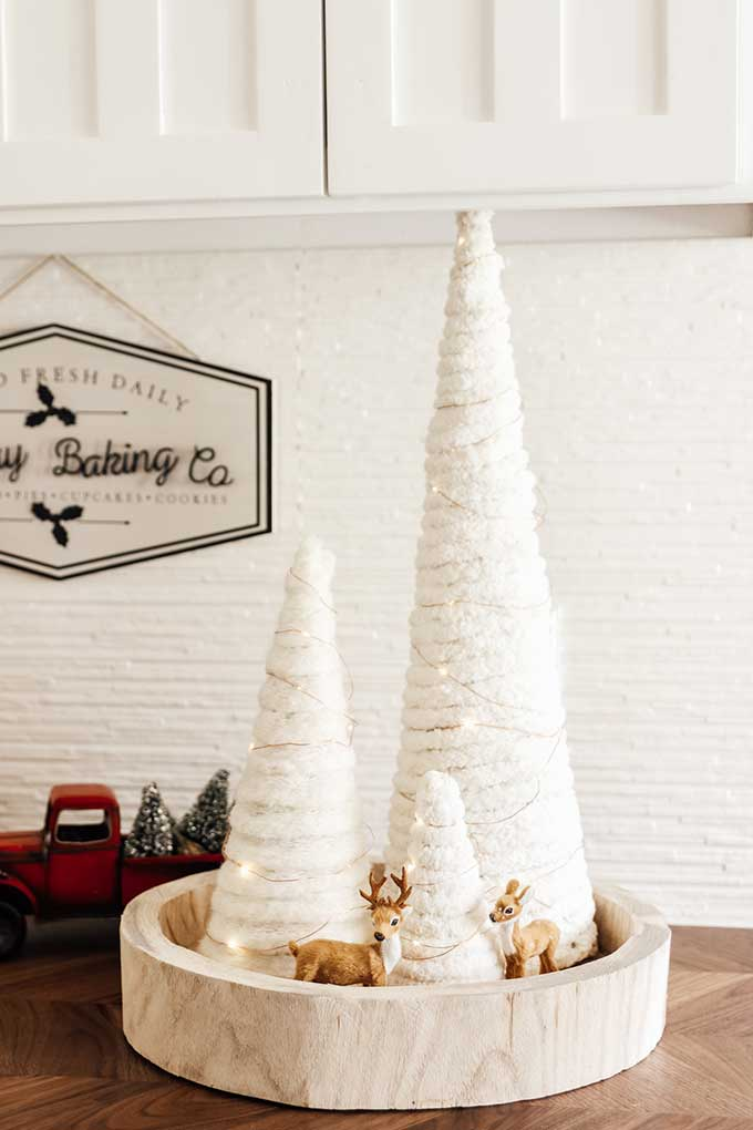 Yarn Tree DIY with Twinkle Lights |DIY Christmas Tree|Yarn Tree|Christmas Decor|farmhouse Christmas|Farmhouse Christmas|yarn tree diy|twinkle lights|Christmas twinkle lights|yarn diy|yarn tree diy|holiday home decor|white farmhouse|christmas farmhouse decor|Hallstrom Home