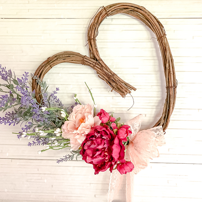 DIY Heart Wreath Tutorial |heart wreath|grapevine wreath|wreath diy|valentines wreath|diy wreath|wreath tutorial|floral wreath|farmhouse wreath|shabby chic wreath|shabby chic decor|romantic home|kitchen update|farmhouse kitchen|white kitchen|white farmhouse|shabby chic|french home|french style|french valentines|shabby chic valentines|hallstrom Home