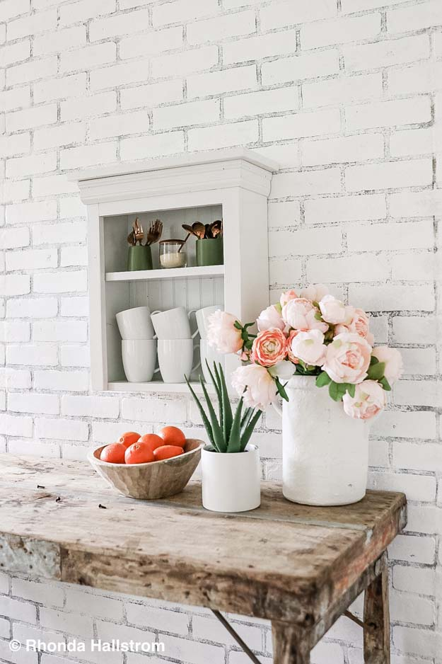 How to Install Faux Brick Wall |faux brick|faux brick panel|how to paint faux brick|install faux brick|farmhouse brick wall|accent wall|brick wall accent|faux brick accent wall|how to hide wall seams|how to hide seems in brick paneling|farmhouse decor|farmhouse accents| Hallstrom Home
