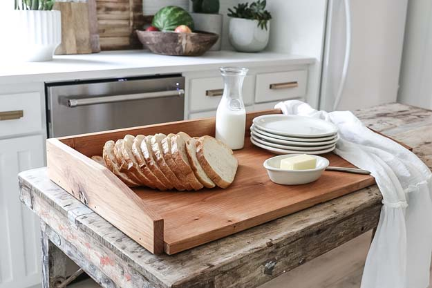 How to Care for a Wood Cutting Board |noodle board|vintage bread board|cutting board care|wood cutting board|wood cutting board care|wood care|vintage cutting board|vintage style|farmhouse kitchen| HallstromHome