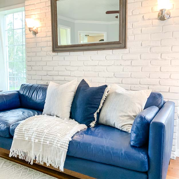 How to Chalk Paint a Leather Sofa |chalk paint diy|chalk paint leather|how to chalk paint leather|farmhouse diy|easy chalk paint diy|furniture update|leather furniture update|painting a couch with chalk paint|leather chalk paint| HallstromHome