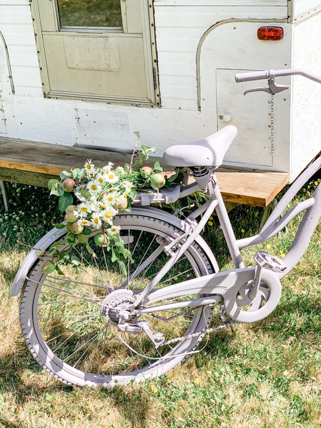 How To Paint A Vintage Bike |diy painting|shabby chic Bike|bike painting|diy Painting bike|shabby chic bike|farmhouse bike|farmhouse painted bike|purple bike|vintage bike|antique bike|HallstromHome