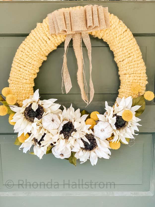 Fall Yarn Wreath Tutorial |Yarn Wreath|Fall Wreath|DIY Yarn Wreath|Sunflower Wreath|DIY Fall Wreath|Easy Wreath DIY|Wreath Tutorial|Farmhouse Wreath|Fall Farmhouse|Fall Decor|Hallstrom Home
