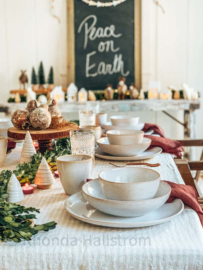 Elegant Holiday Tablescape |holiday table|christmas table|christmas decor|farmhouse christmas|easy tablescape|stoneware dishes|red christmas|holiday decor|party planning|christmas party|covid christmas|elegant dining|dining room decor|Hallstrom Home