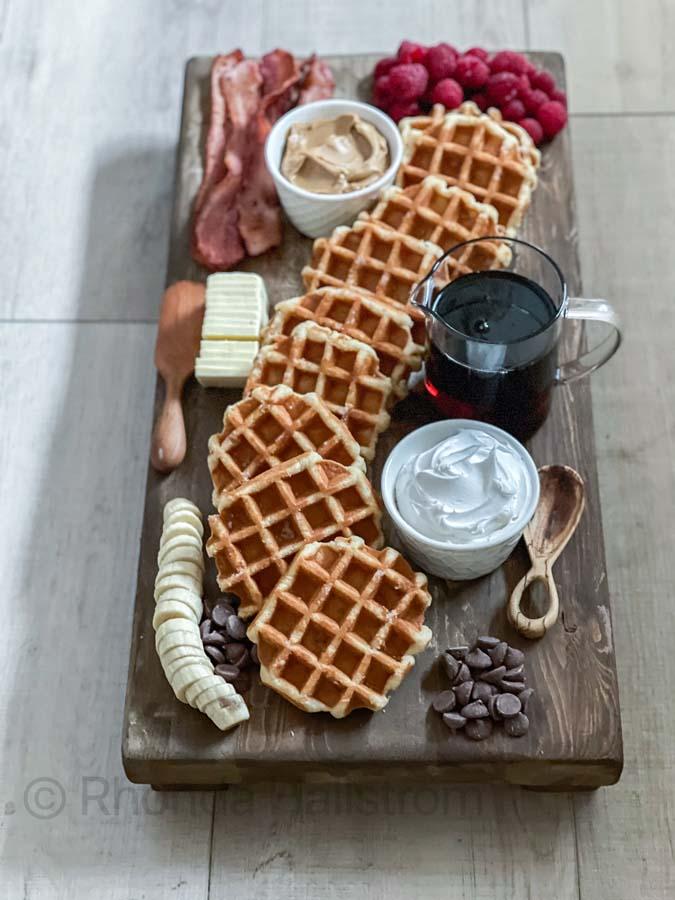 How to Make a Breakfast Charcuterie Board |breakfast board|breakfast for crowds|easy breakfast|breakfast charcuterie board|waffle breakfast|easy waffles|brunch ideas|brunch recipes|easy breakfast ideas|how to make a charcuterie board |HallstromHome