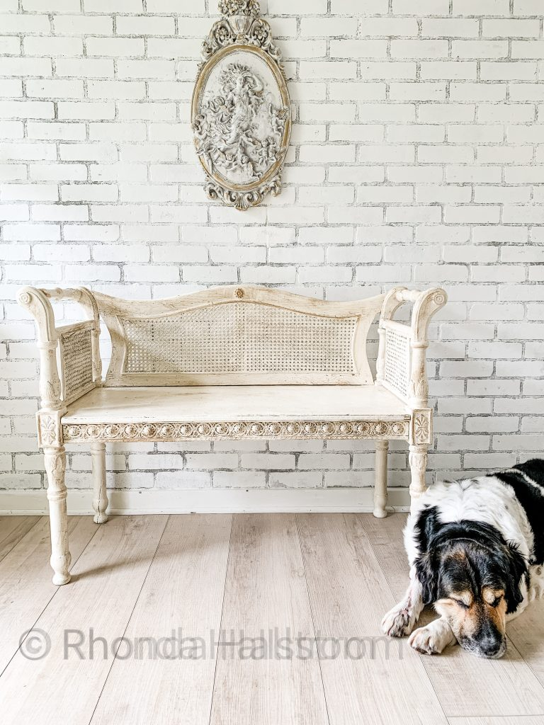 Chalk Painting with layers / easy chalk painting / tips and tricks to chalk paint / gold overlay / laying chalk paint / best chalk paint / french farmhouse home decor / shabby chic decor / chalk painted furniture / Chalk painted Frames / HallstromHome