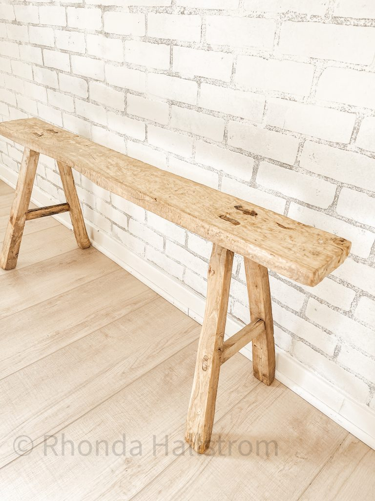 Farmhouse Style Benches / Farmhouse Benches / Farmhouse Kitchen Bench / Rustic Wood Benches / Wood Benches for Bedroom / Wood Benches Bedroom / Modern Wood Benches / Wood Bench Ideas / HallstromHome