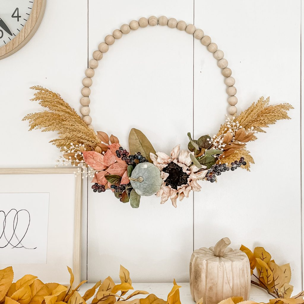 Fall Wreath How To Make / Fall Wreath Ideas DIY / DIY Wreath For Front Door / Fall Wreath DIY / Fall Wreath Making / How To Make Fall Wreath / Fall Wreath For Door / HallstromHome
