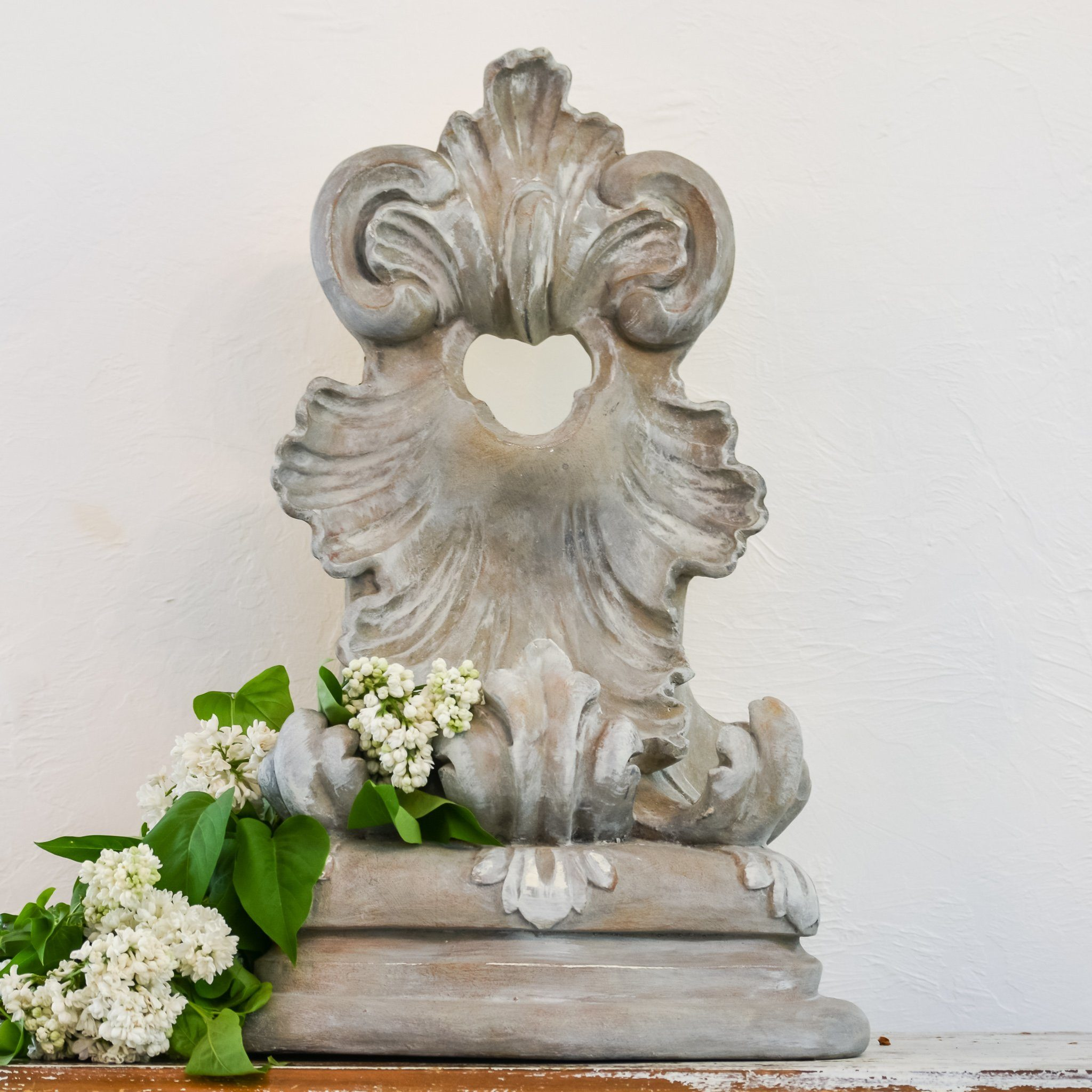 Farmhouse Decor by Hallstrom Home